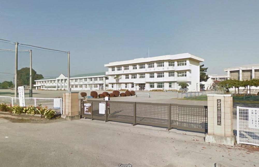 小学校西原小学校まで363m(周辺)