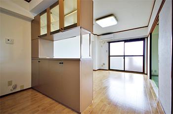 DI紫塚403号室