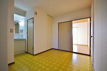 コーポ高松A棟 201号室