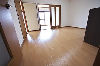 ユーミーパル 301号室